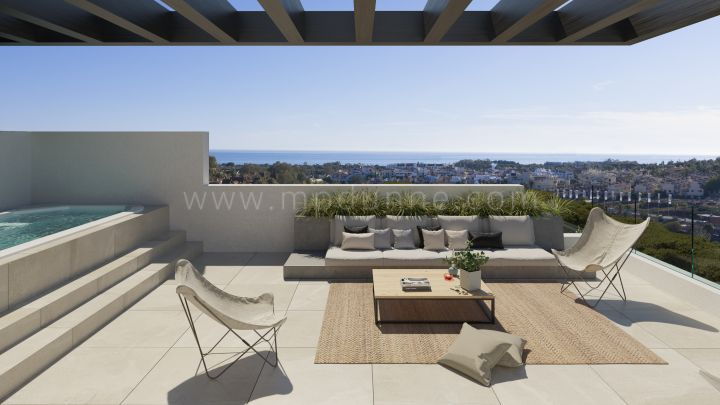 Estepona, Semi detached villas in Atalaya Golf, Estepona
