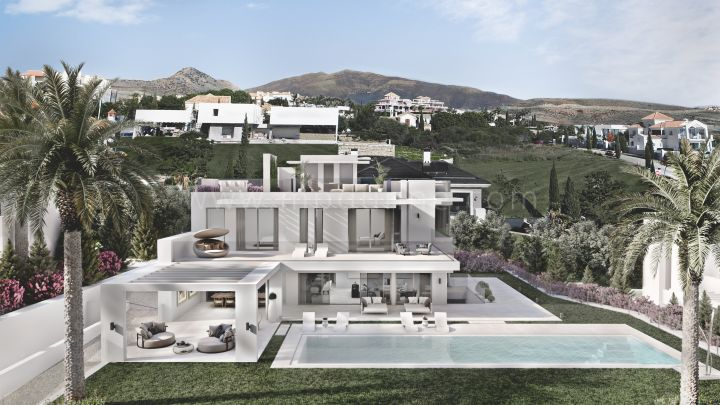 Benahavis, New villa under construction in Los Flamingos