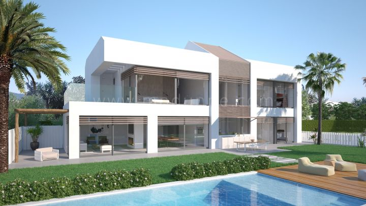 Estepona, Frontline beach villa with five bedrooms in New Golden Mile