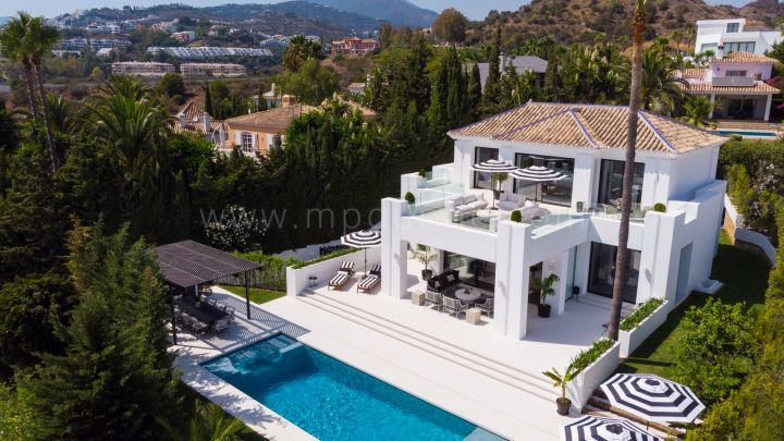 Nueva Andalucia, Luxury Modern Quality Villa in Nueva Andalucia with Panoramic views