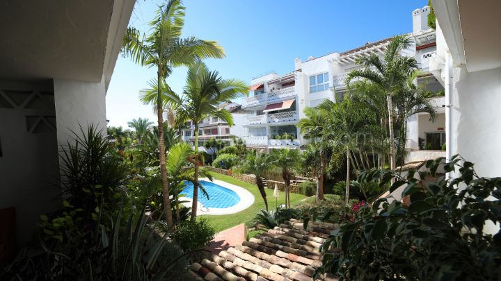 Marbella Golden Mile, Beachside two bedroom apartment on Marbella's Golden Mile
