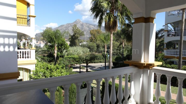 Nueva Andalucia, Two bedroom apartment close to Puerto Banus, Marbella