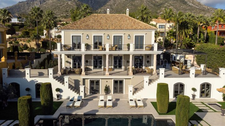 Marbella Golden Mile, Family Villa in Sierra Blanca refurbished to new with Sea Views