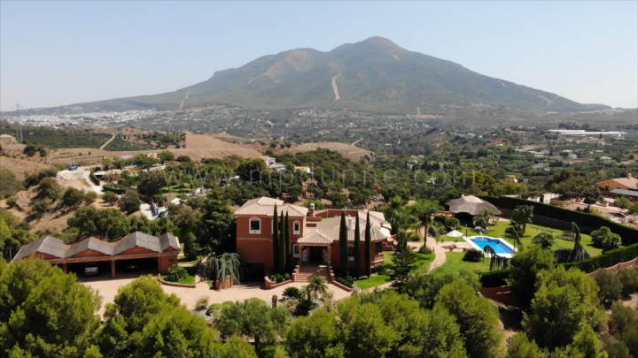 Coin, Equestrian Finca with Panoramic Views in Coin & Mijas countryside