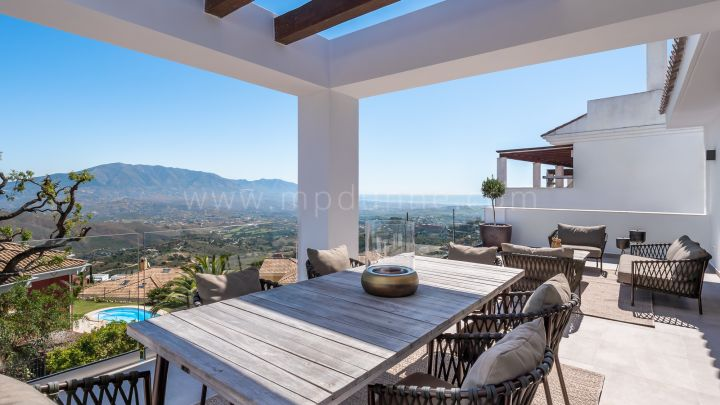 Marbella East, New Boutique Resort development of Townhouses in La Mairena