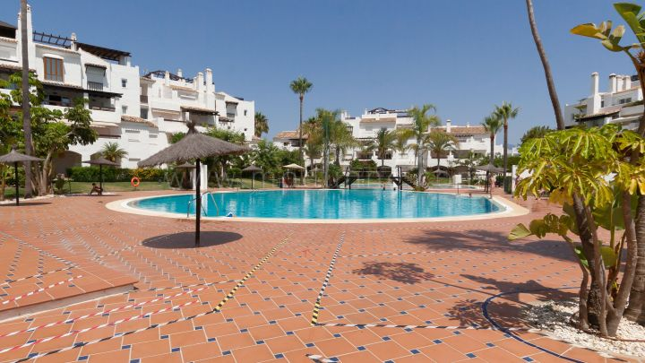 San Pedro de Alcantara, Renovated three bedroom apartment in San Pedro Beachside