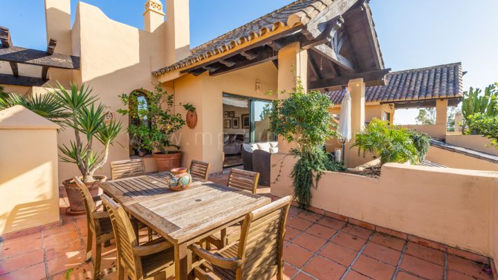 Estepona, Three bedroom Duplex Penthouse in El Campanario