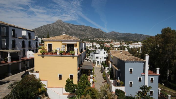 Marbella Golden Mile, Charming Townhouse in the Golden Mile, Marbella