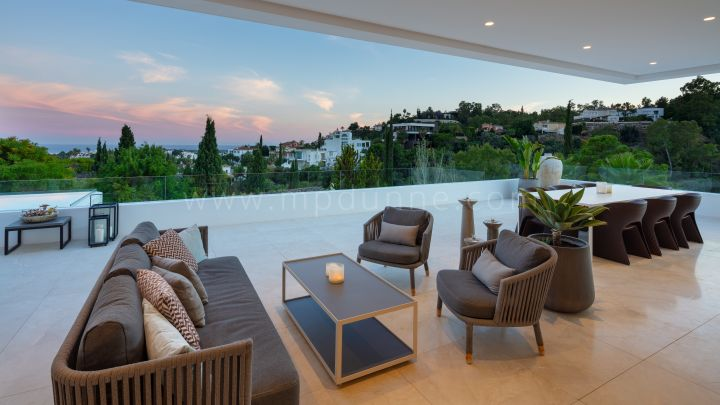 Contemporary New build Villa in La Quinta Marbella
