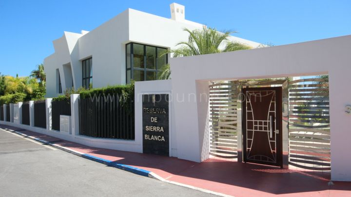 Ground Floor Duplex till salu i Reserva de Sierra Blanca - Marbella Golden Mile Ground Floor Duplex