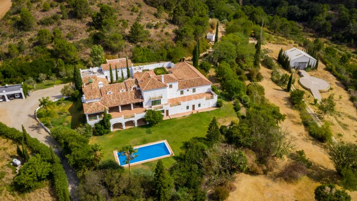 Estepona, Exceptional Estate Property in Southern Spain Estepona