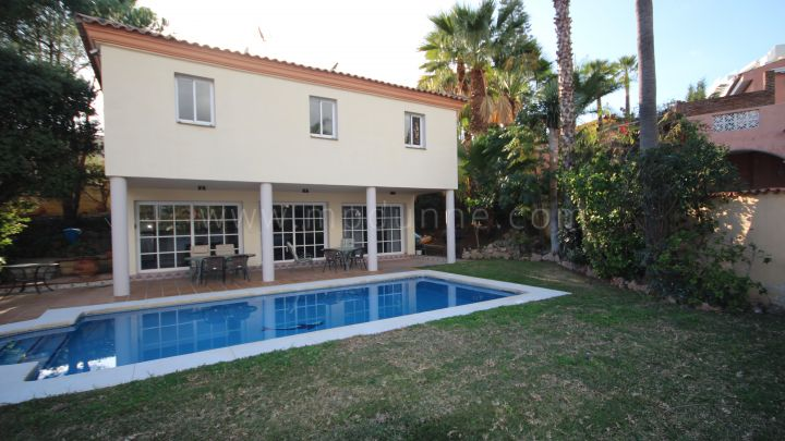 Nueva Andalucia, Recently renovated Nueva Andalucia Villa with seven bedrooms ( two villas on one plot)