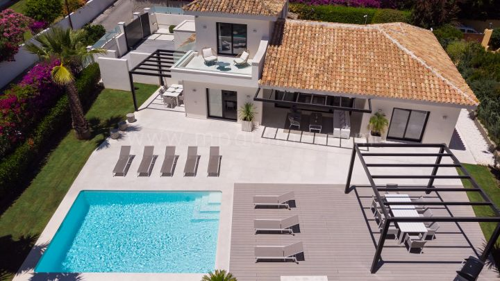 San Pedro de Alcantara, Recently renovated villa on the beachside in San Pedro