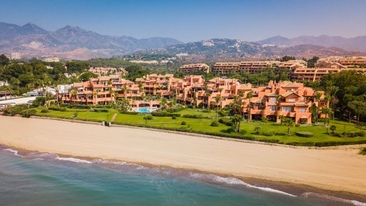 Marbella East, La Morera Playa Showflat Gardin Apartment Beach Front Marbella