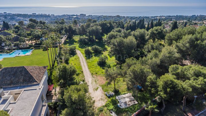 Marbella Golden Mile, Big plot with sea views in La Quinta de Sierra Blanca, Marbella