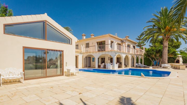 Marbella Golden Mile, Villa in Nagueles Marbella with Panoramic Views