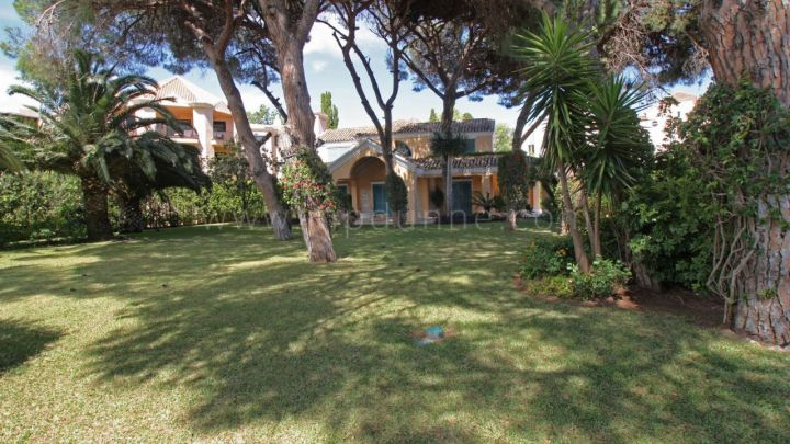 Marbella - Puerto Banus, Beachside villa for sale at Puerto Banus, Marbella