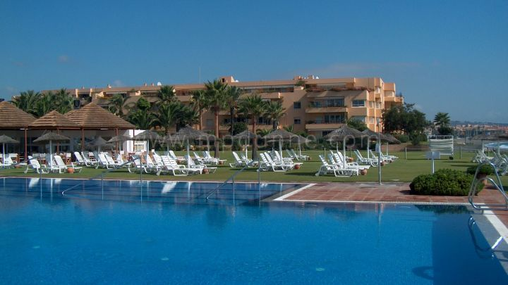 Sotogrande, Frontline Beach 3 bedroom apartment, Sotogrande