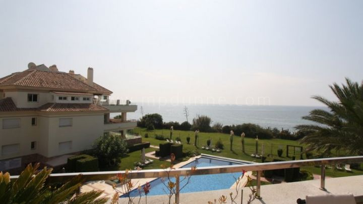 Estepona, Duplex penthouse with fabulous sea views in Guadalmansa Playa