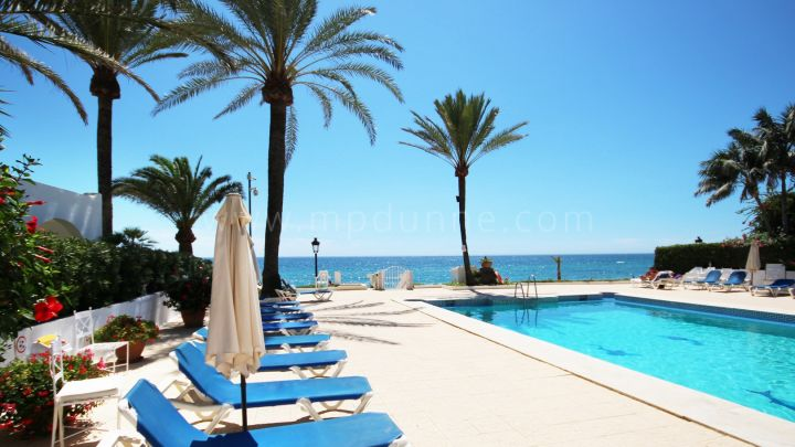 Marbella Golden Mile, 1 bedroom townhouse for sale in Oasis Club, Marbella Golden Mile