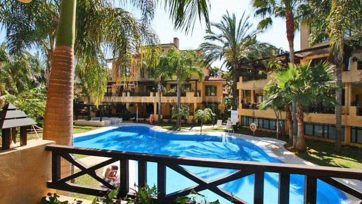 Marbella - Puerto Banus, 2 bedroom luxury apartment for rent in Bahia de Banus