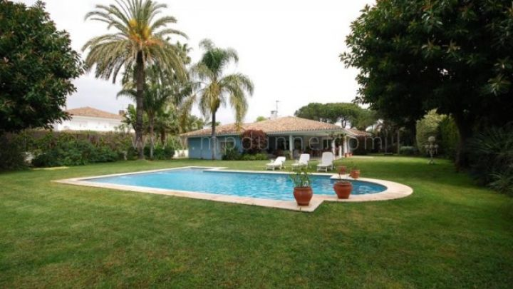 San Pedro de Alcantara, Beautiful Villa for sale in Guadalmina Baja