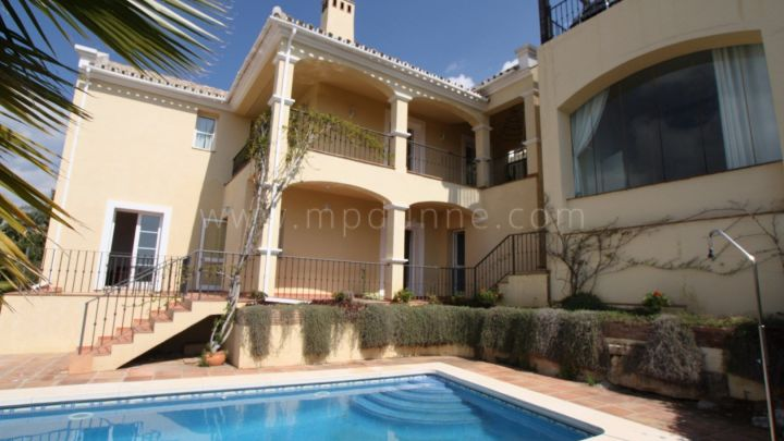 Istan, Four bedrooms villa for sale in Sierra Blanca Country Club, Istan