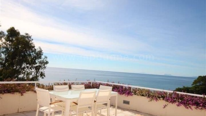 Estepona, Duplex Penthouse with Sea Views for Sale in Los Granados Playa, Estepona