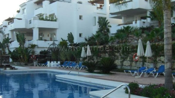 Nueva Andalucia, 3 bedroom ground floor apartment for sale in Las Tortugas, Marbella