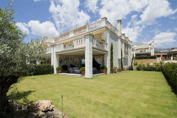 Marbella Golden Mile, Modern Luxury Townhouse at Sierra Blanca del Mar in Sierra Blanca