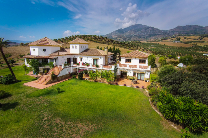 Casarabonela, Luxury Country Villa with stunning views