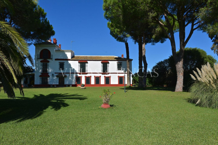 Aznalcazar, Traditional stately manor house, cortijo, hacienda with stables near Sevilla