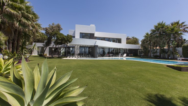Los Monteros, Contemporary beachfront jewel