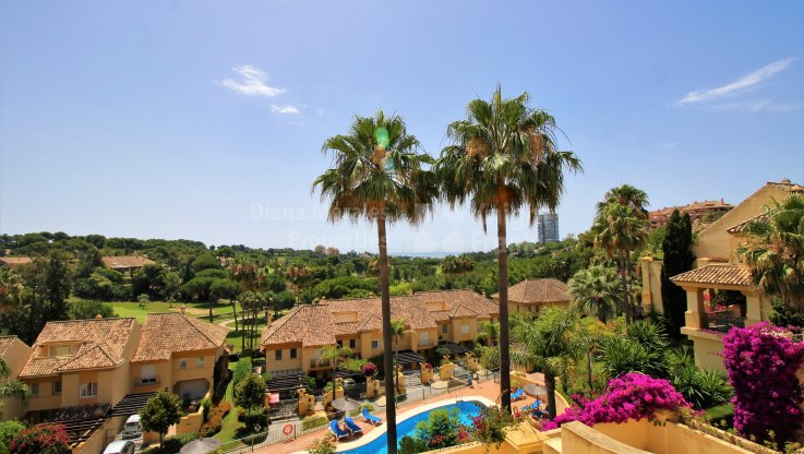 Lovely townhouse in Greenlife Village - Town House for sale in Rio Real Golf, Marbella East