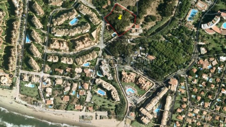 Las Chapas, Building land within walking distance to the beach