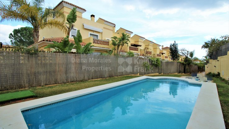 Las Cancelas, West facing townhouse in Marbella