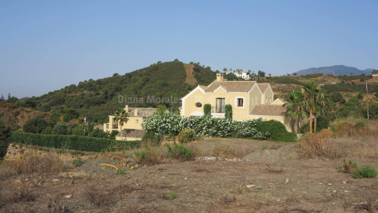 Plot by the golf course - Plot for sale in Marbella Club Golf Resort, Benahavis