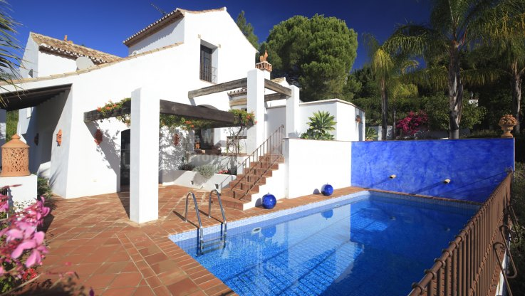 El Madroñal, Villa in Secluded location