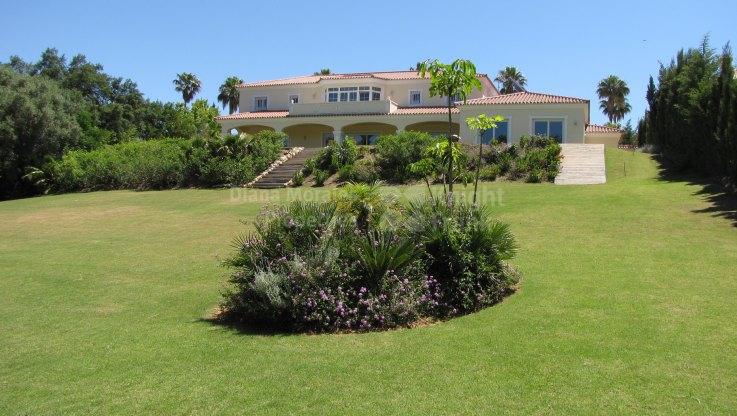 Sotogrande Playa, Close to Golf Course