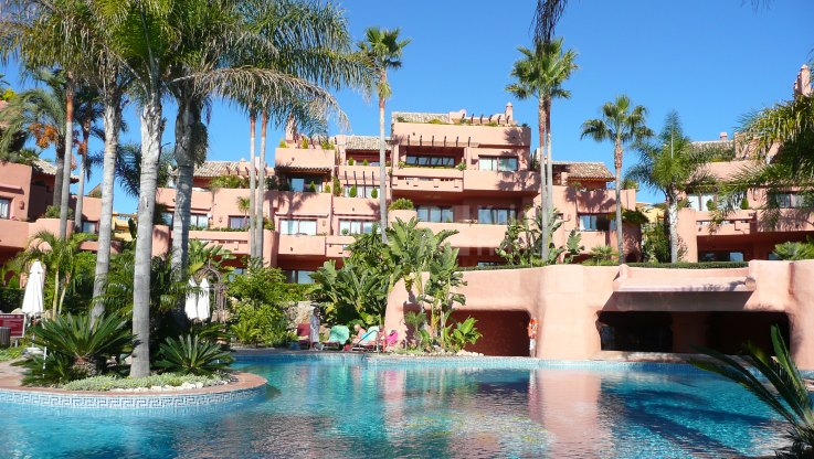 Cabo Bermejo, Beachside garden apartment