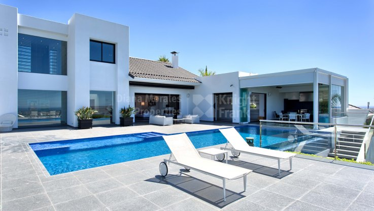 Los Flamingos Golf, Stunning Contemporary Style Villa