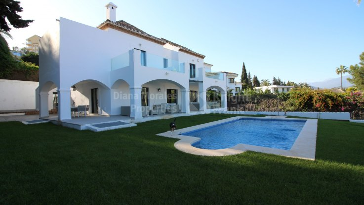 Nueva Andalucia, Cosy Villa close to Puerto Banus