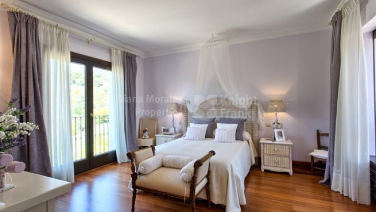 Cautivadora Villa - Villa en venta en Marbella Club Golf Resort, Benahavis