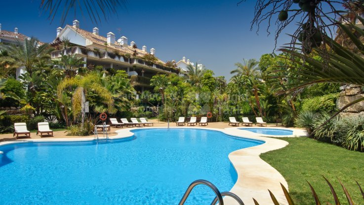 Las Lomas del Marbella Club, Luxury Penthouse in a Privileged and Exclusive Complex