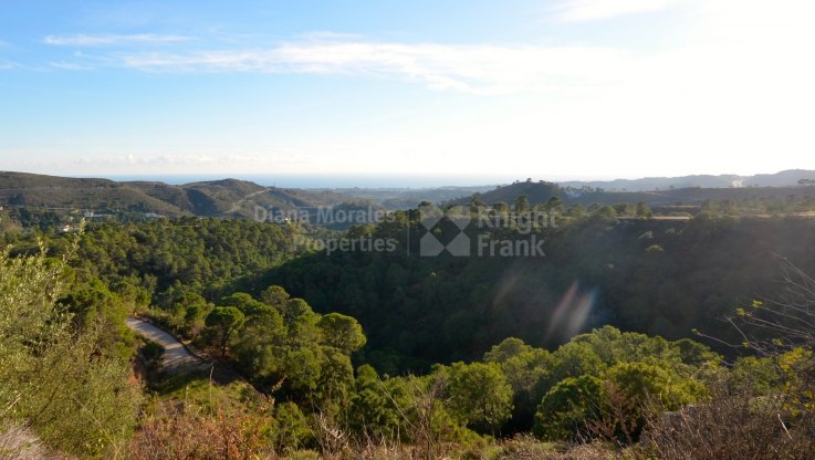 Unobstructed Sea Views - Plot for sale in Marbella Club Golf Resort, Benahavis