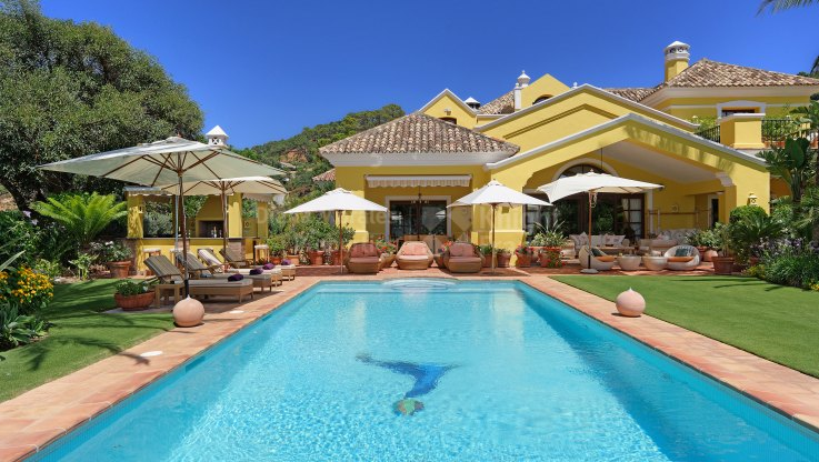Mountain Valley Views - Villa for sale in La Zagaleta, Benahavis