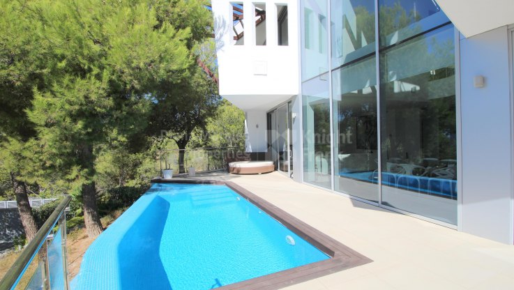 Contemporary designed semidetached villa in Meisho Hills - Semi Detached Villa for sale in Sierra Blanca, Marbella Golden Mile