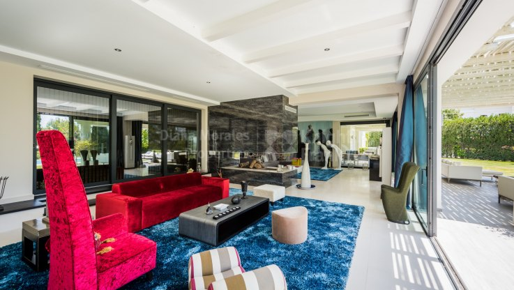 Elegant villa with sea views - Villa for sale in Marbella Hill Club, Marbella Golden Mile