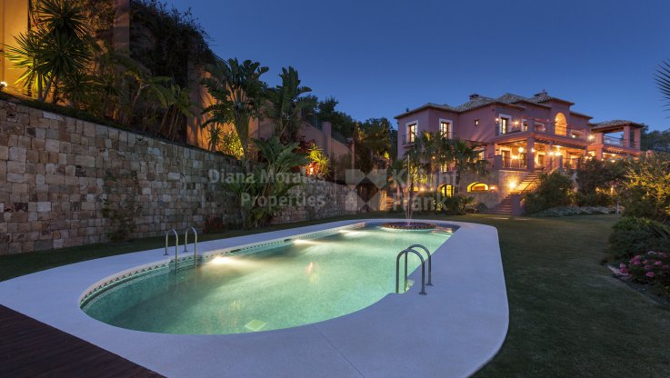 Villa in prestigious address with amazing views - Villa for sale in Marbella Club Golf Resort, Benahavis