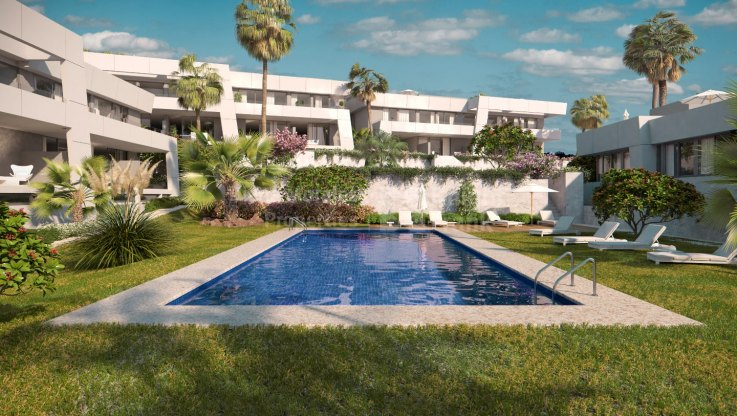 Marbella East, Modern townhouse in a small complex in Rio Real